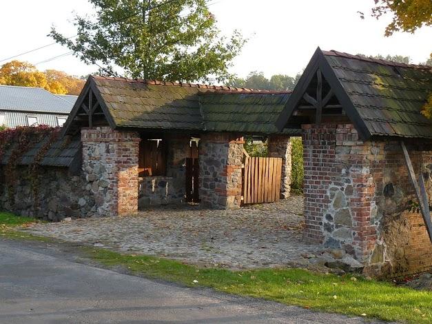 Stary folvark, Pietrzyków