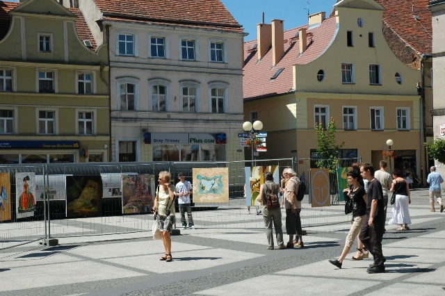 Instalace výstavy v Brzegu