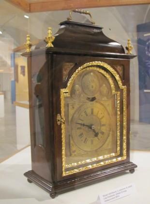 Skříňkové hodiny