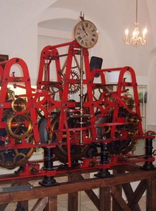 Stroj věžních hodin