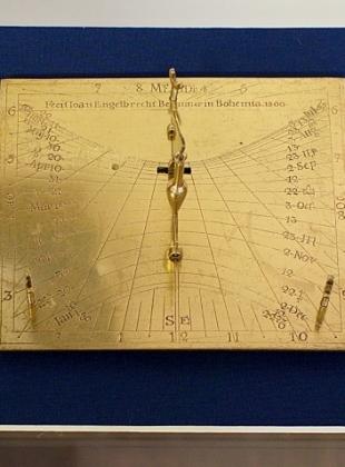 Inklinační sluneční hodiny Johanna Engelbrechta