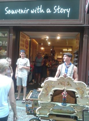 Flašinetář v Karlově ulici
